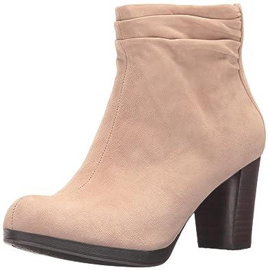 23de966ea110 Bella Vita Women s Landon Ankle Bootie
