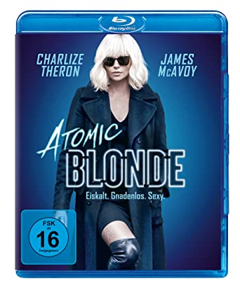 Blonde MILF gefilmt betrügen