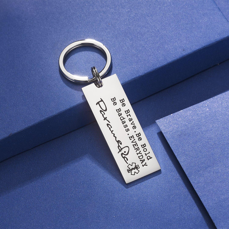 Amazon.com: CJ&M Llavero paramédico – EMT llavero – regalo ...