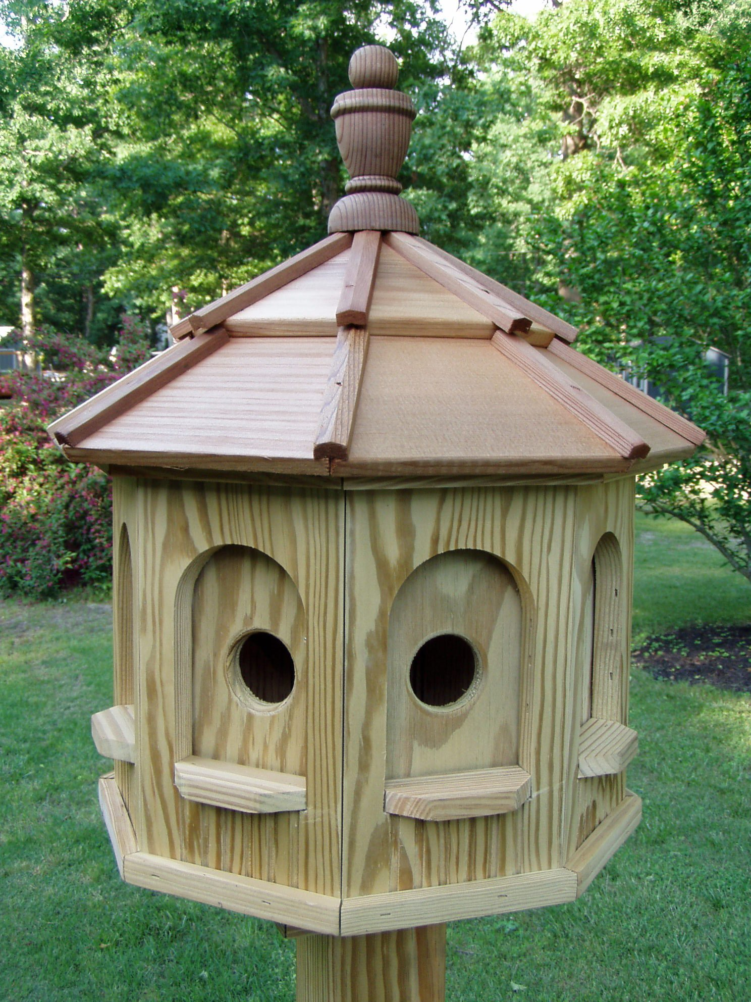 Wood Birdhouse Amish Homemade Handmade Handcrafted Medium by Amish Crafted
