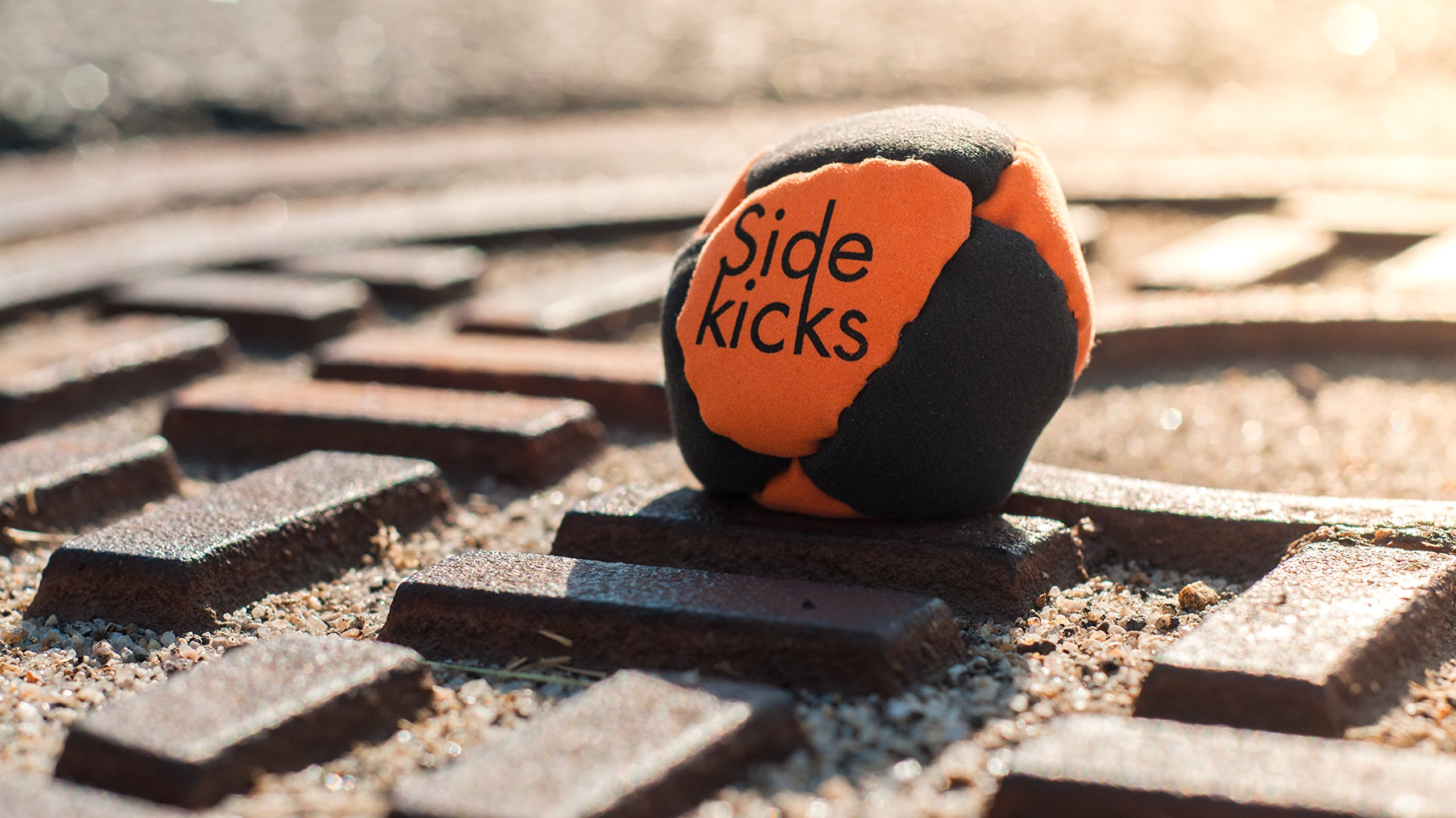 Sidekicks Hacky Sack - Classic Sand Filled Footbag | Best for Dirtbag Practice, Juggling Practice Hand Stitched Synthetic Suede Sand Hacky Sack Dirt Bag (Green)