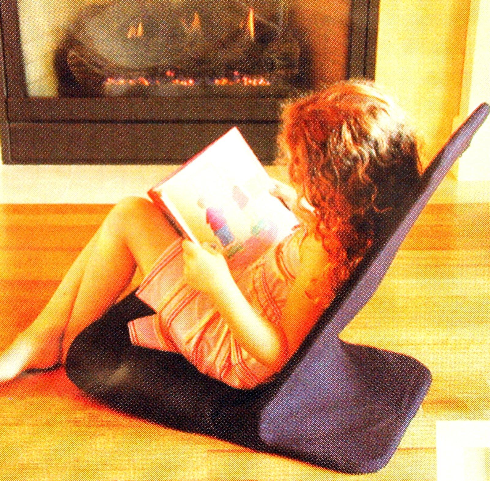 Portable Floor Chair, MEMORY FOAM Seat, Folding Chair. Angle Back-Rest. 14'' W x 22'' H x 21'' Deep (Black)