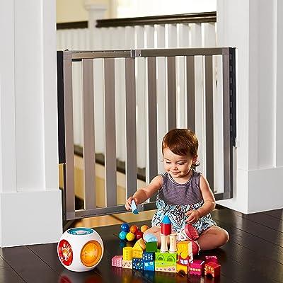 Munchkin-Loft-Aluminum-retractable-baby-gate