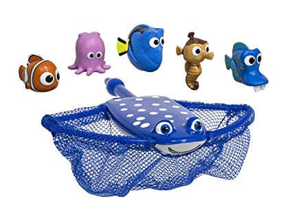 amazon com swimways disney finding dory mr ray s dive and catch