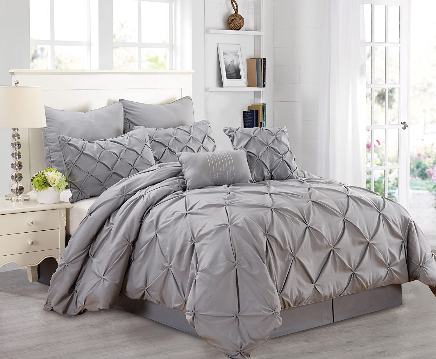 go in a comforter with sheets bedding gray sets color walmart mesmerizing grey mint bag queen what chevron alieli bed king set piece