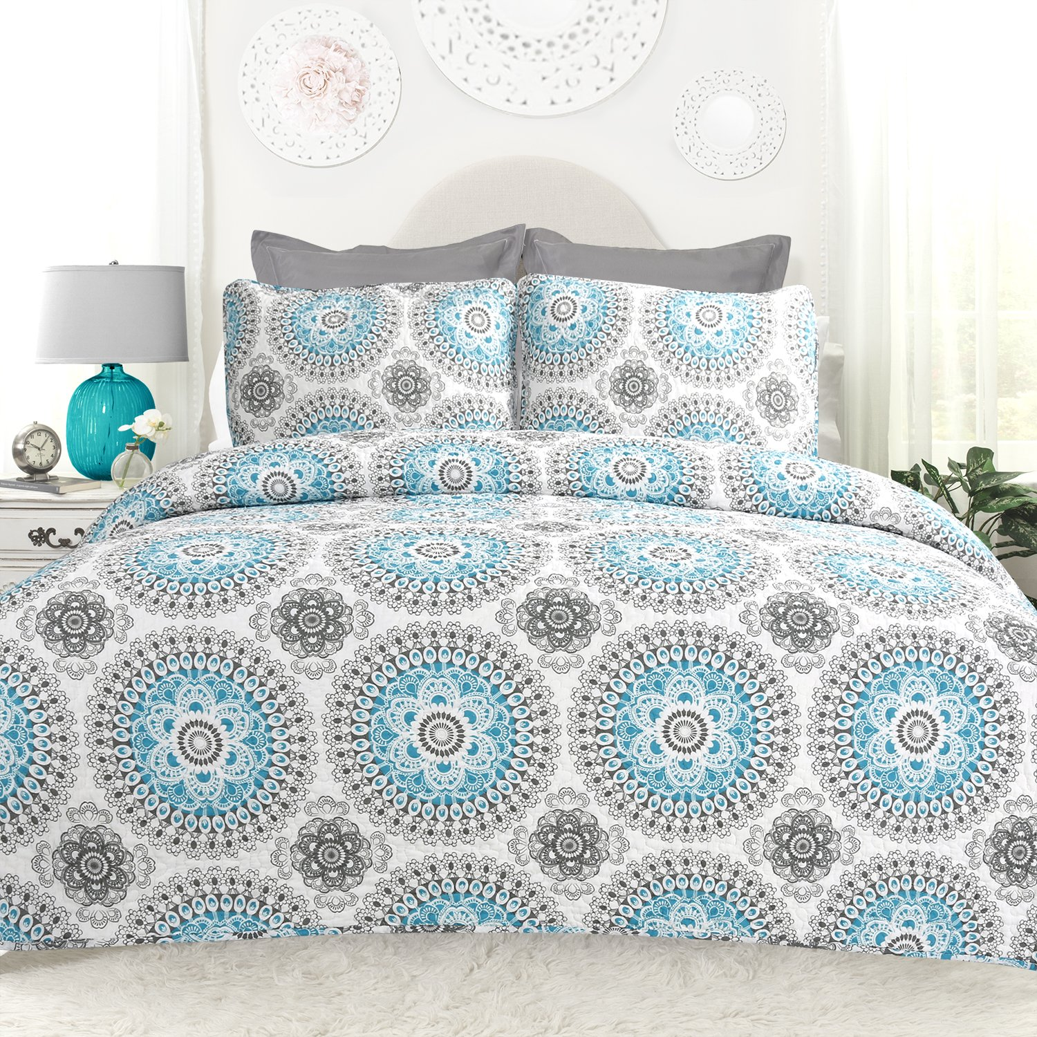 DriftAway 3 Piece Bella Reversible Quilt Set Bedspreads Coverlets Repeated Medallion Floral Pattern Cotton Cover Prewashed Aqua Gray Full Queen