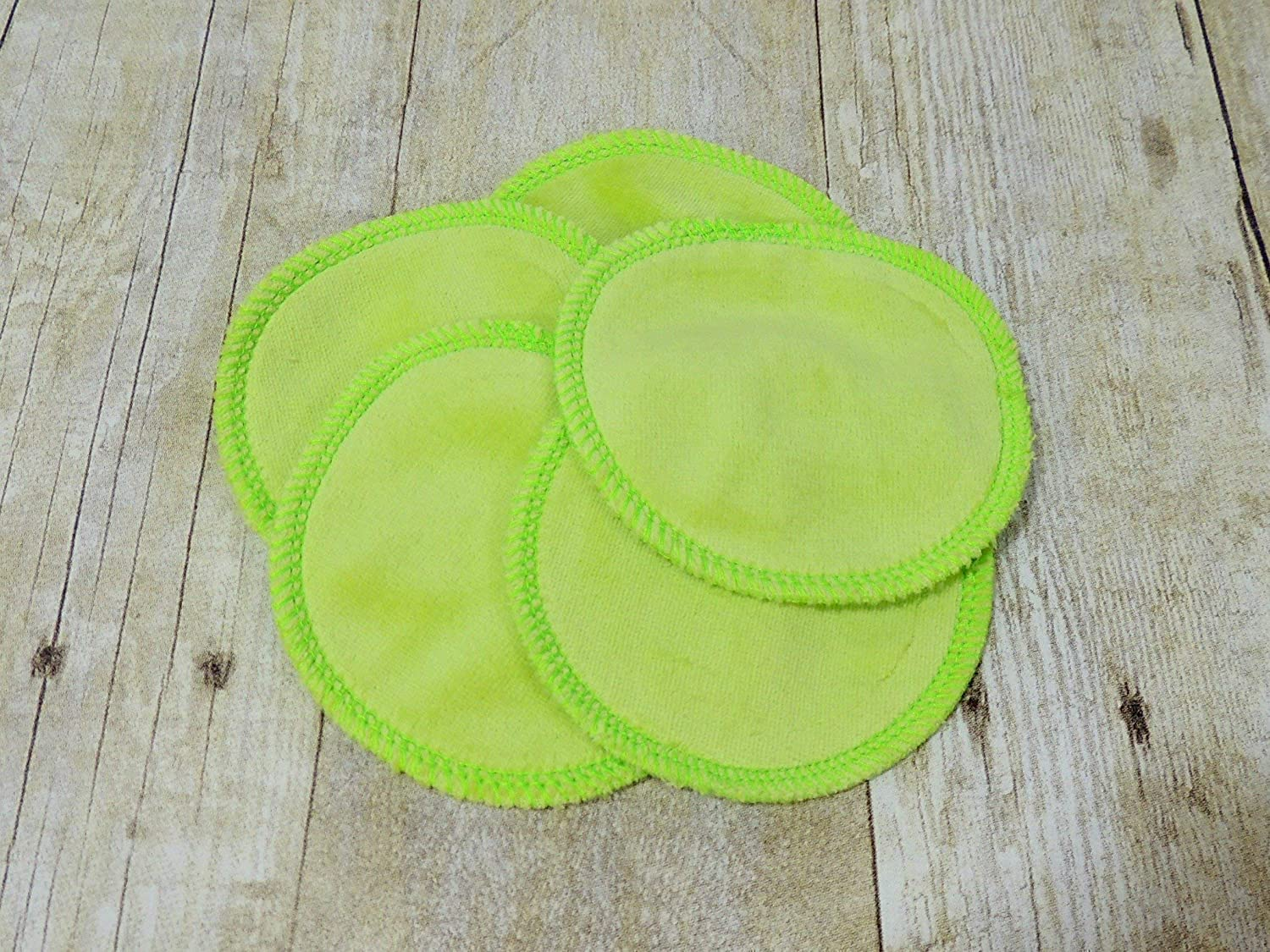 Reusable Cotton Velour Makeup Remover Pads 10 Pack in Lime Green