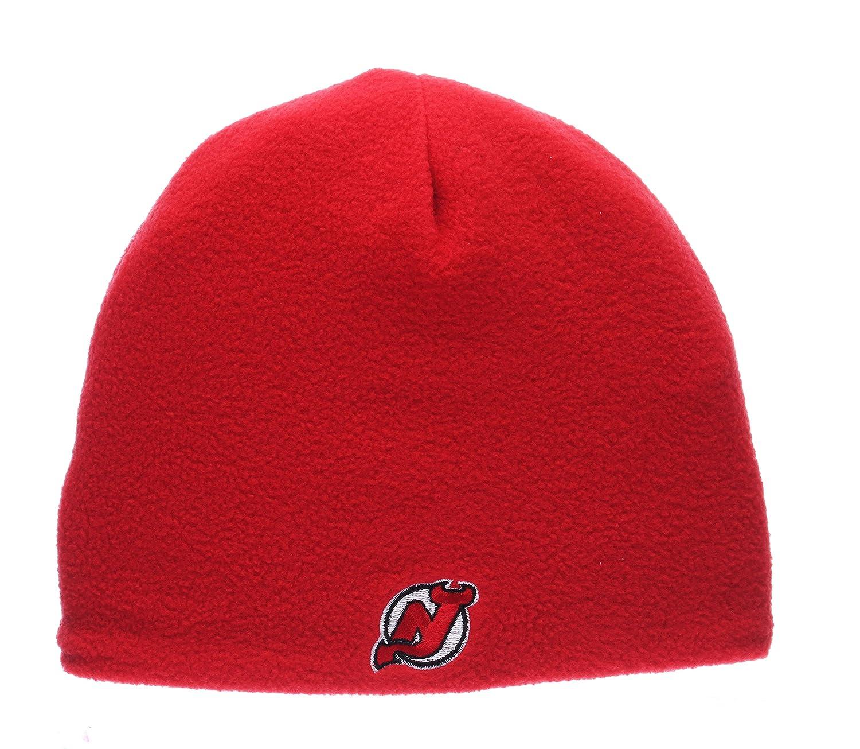 3f0920f2252 Amazon.com   ZHATS New Jersey Devils Reversible Flip Skull Cap - NHL  Cuffless Winter Knit Beanie Hat   Sports   Outdoors