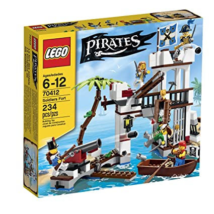 amazon com lego pirates soldiers fort 70412 toys games