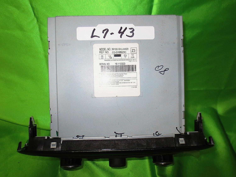 Amazon.com: 05-10 Honda Odyssey EX and EX-L Radio CD Player 6 CD Disc  Changer MP3: Car Electronics
