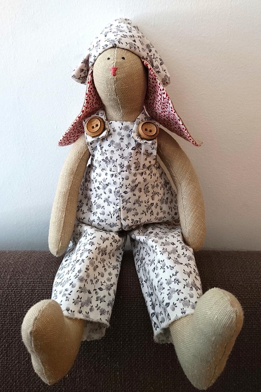 Conejo orejotas pequeño tipo Tilda. Muñeco blando. Decoración infantil. Handmade.: Amazon.es: Handmade