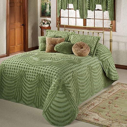 Amazon.com: Touch of Class Promenade Chenille Grande Bedspread