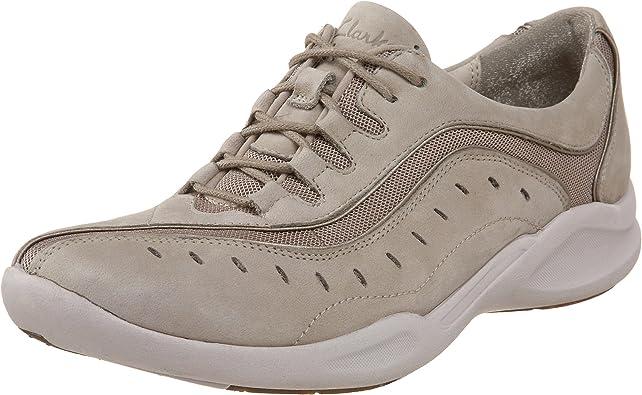 pantalla promoción conformidad  Amazon.com   Clarks Women's Wave.Wheel Sneaker   Fashion Sneakers