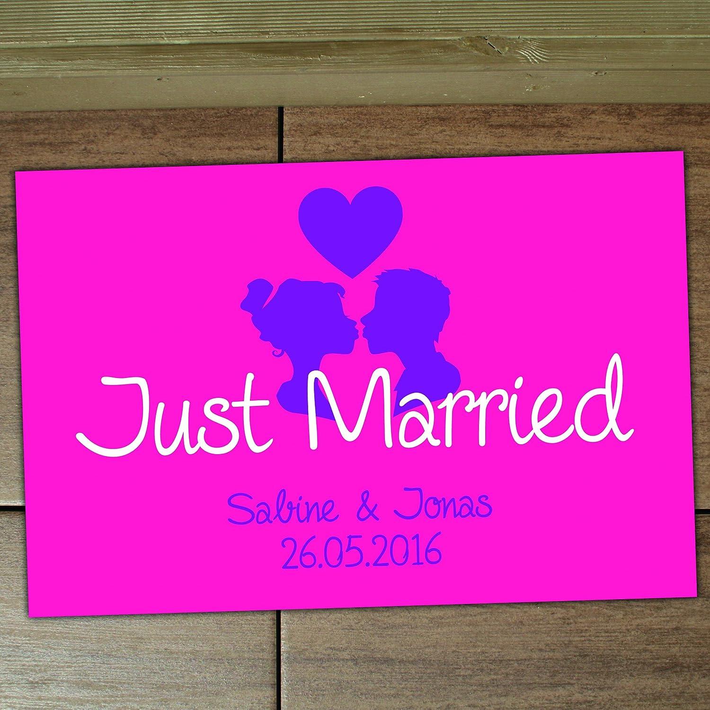 4you Design XXL Fußmatte Just Married mit Namen Namen Namen und Hochzeitsdatum, Fußabtreter, Hochzeitsgeschenk, Geschenkidee, Wedding, Hochzeit, Liebe, 70x50 cm (braun) B01MZF96AZ Fumatten cde970