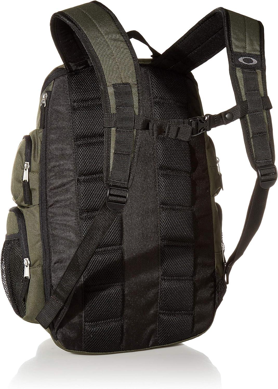   Oakley Men's Enduro 2.0 30L Backpack, Blackout   Casual Daypacks