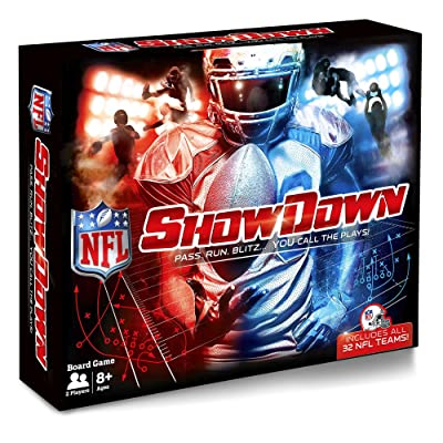 Buffalo Games - NFL Showdown - Pass. Run. Blitz... You Call The Plays!: Toys & Games