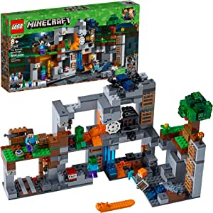 LEGO Minecraft The Bedrock Adventures 21147 Building Kit (644 Pieces) (Discontinued by Manufacturer)