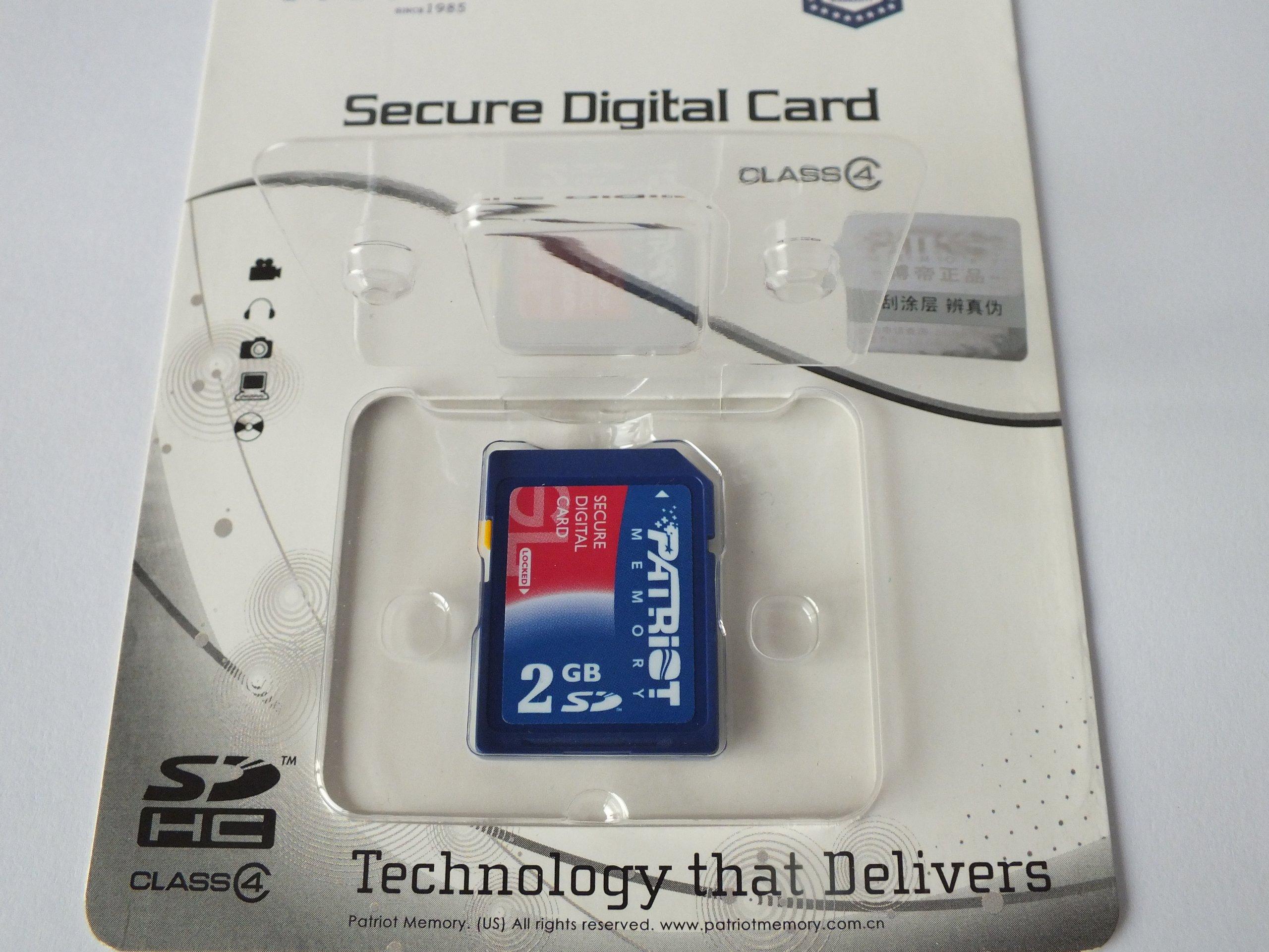 Patriot Signature 2 GB Secure Digital Memory Card (PSF2G40SD)