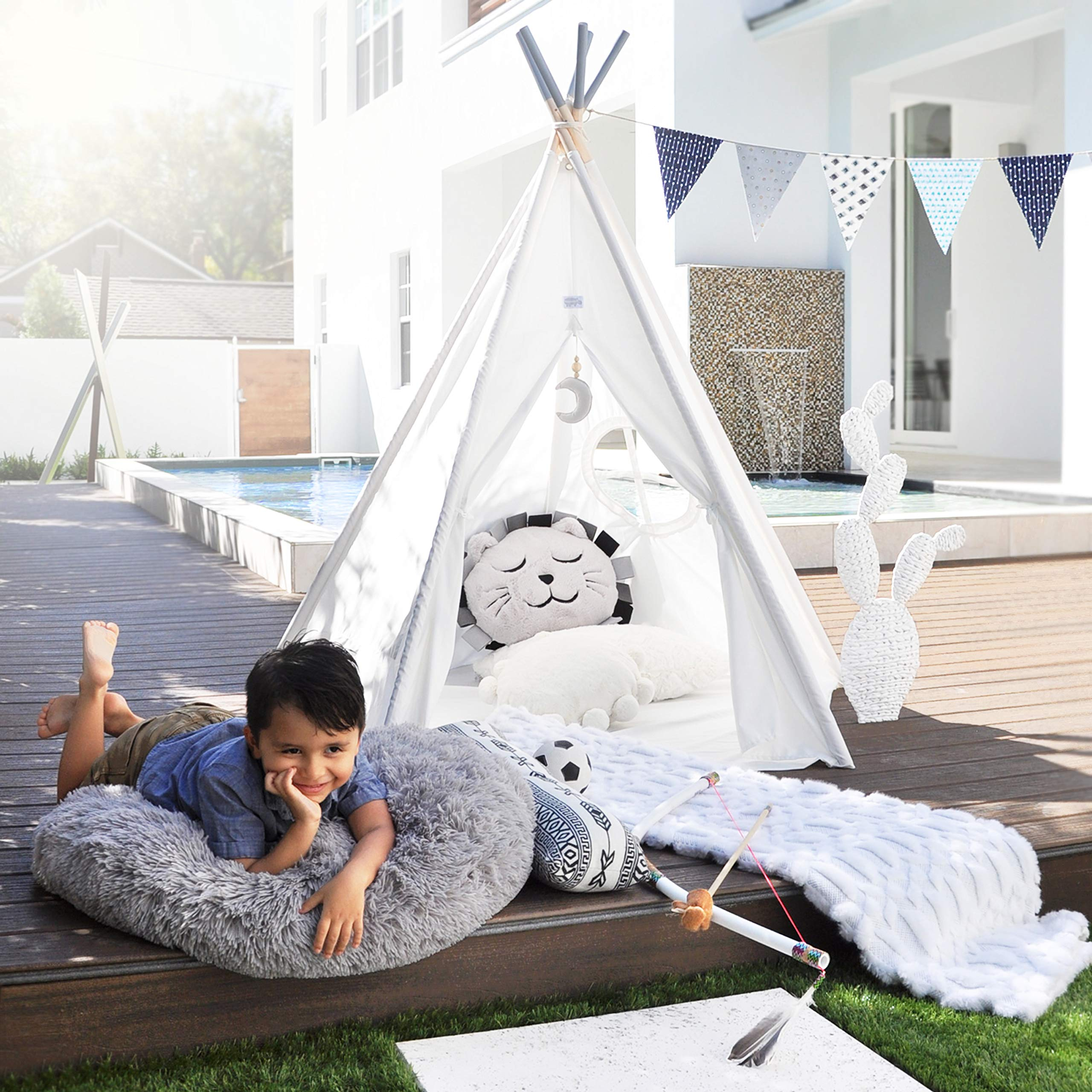 Hippococo Teepee Tent for Kids: Large Sturdy Quality 5 Poles Play House Foldable Indoor Outdoor Tipi Tents, True White Canvas, Floor Mat, Grey Moon Accessory, Family Fun Crafts eBook Included (Grey) by Hippococo (Image #2)