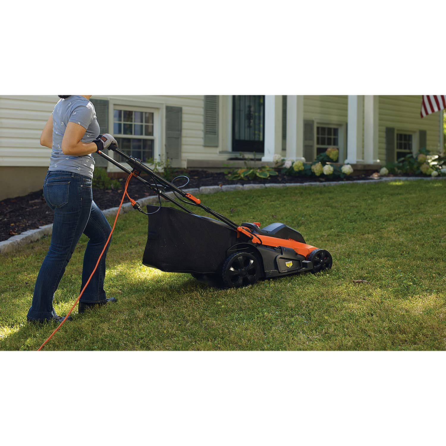 2000W, 48cm Cutting Width, 50Litre Grass Box with 7Different Cutting Heights 38–100mm Grass Trimmer, Decker LM2000 3-in-1EdgeMax Electric Lawn Mower Black