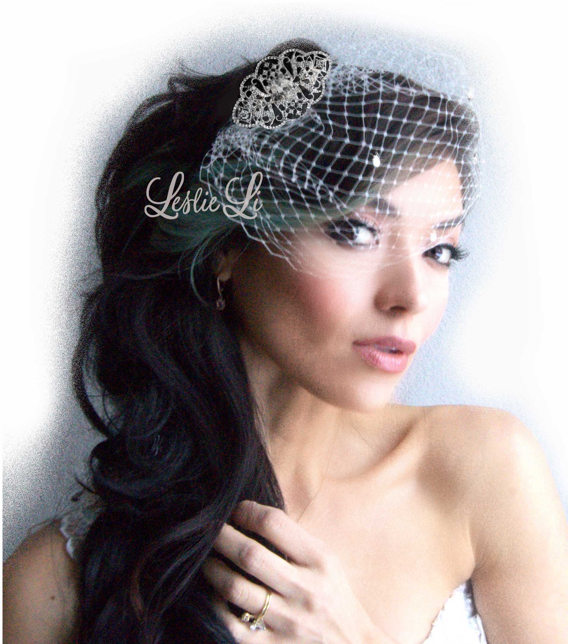 Leslie Li Women's Lacey Ribbons and Swirls Brooch and Petite Bridal Birdcage Veil French Net & Free Styling One Size White/Silver 27-531