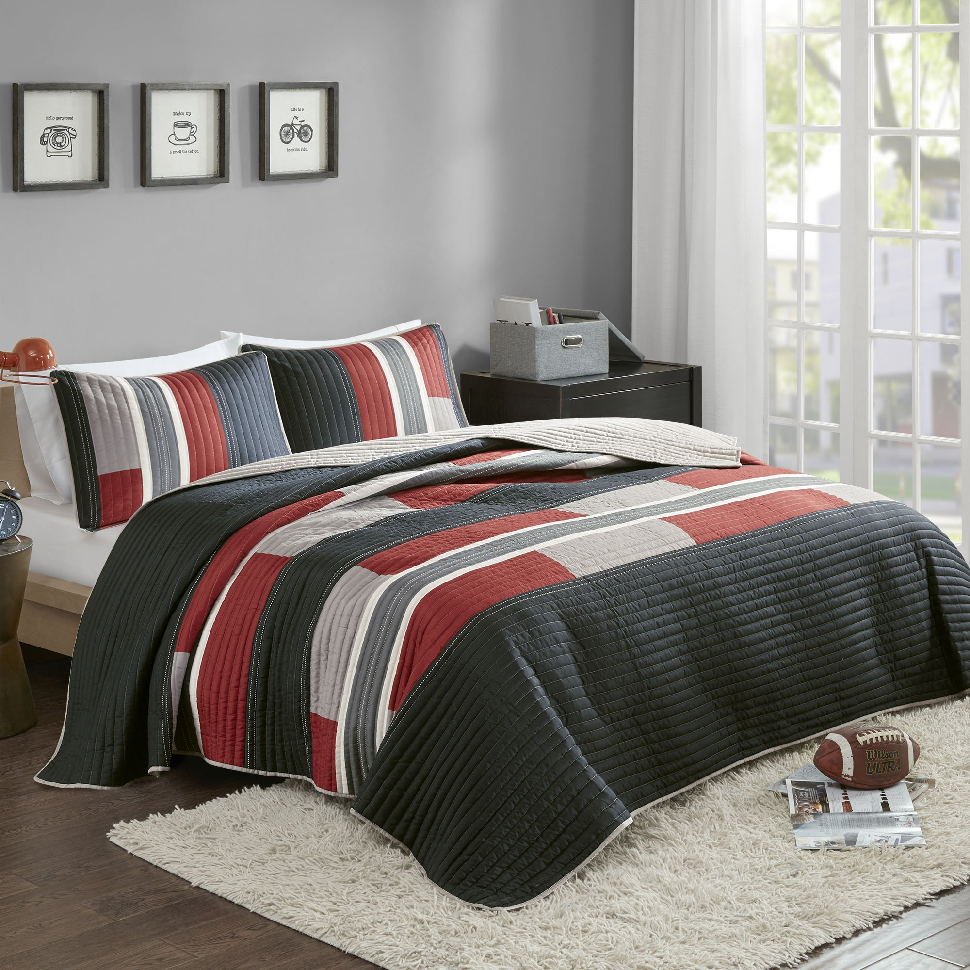 Comfort Spaces Bedspreads Queen Size Mini Quilt Set - Casual Pierre 3 Piece Kids Lightweight Filling Bedding Cover - Black/Red Patchwork Print - All Season Hypoallergenic - Fits Full/Queen