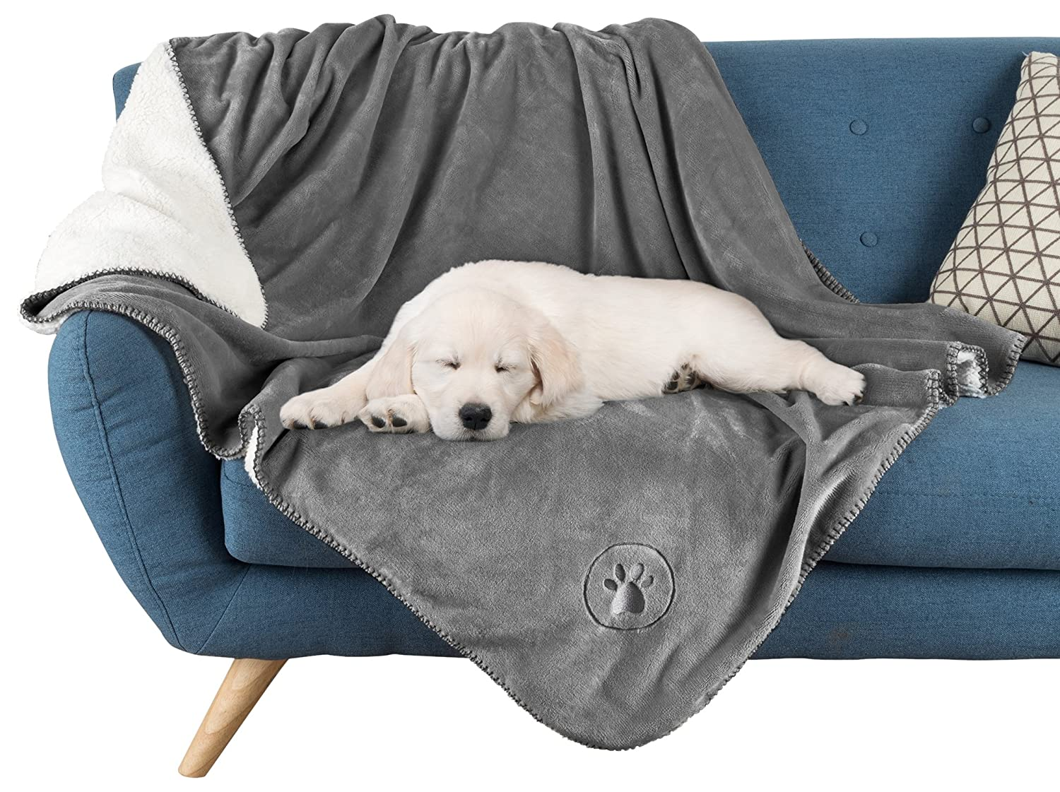 PETMAKER Waterproof Pet Blankets - Soft Plush Throw Protects Couch, Chairs, Car, or Bed from Spills, Stains, or Pet Fur-Machine Washable