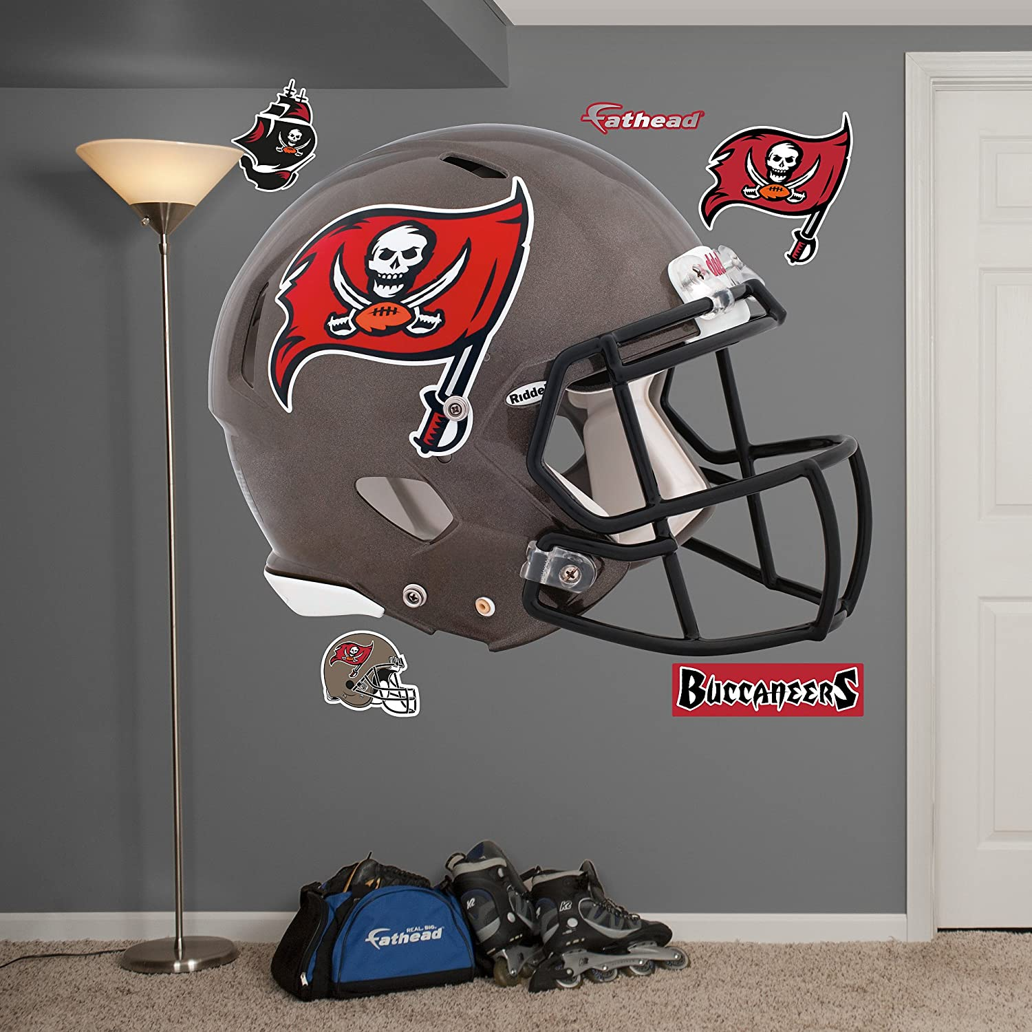 Fathead NFL Tampa Bay Buccaneers casco pared gráfica: Amazon.es ...
