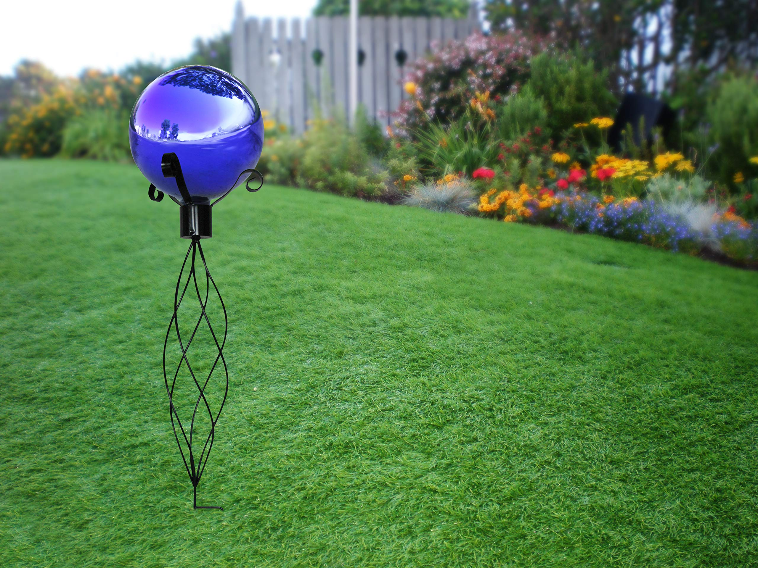 Alpine Corporation GLB292BL Glass Gazing Globe Outdoor Festive Holiday Décor for Garden, Lawn, Yard, 12-Inch Tall, Blue
