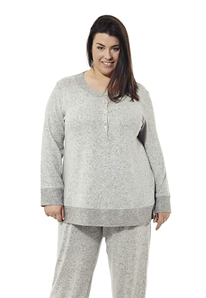 Pijama Manga Larga Gris Claro Aterciopelado. Tallas Grandes. Mabel Big&Beauty.