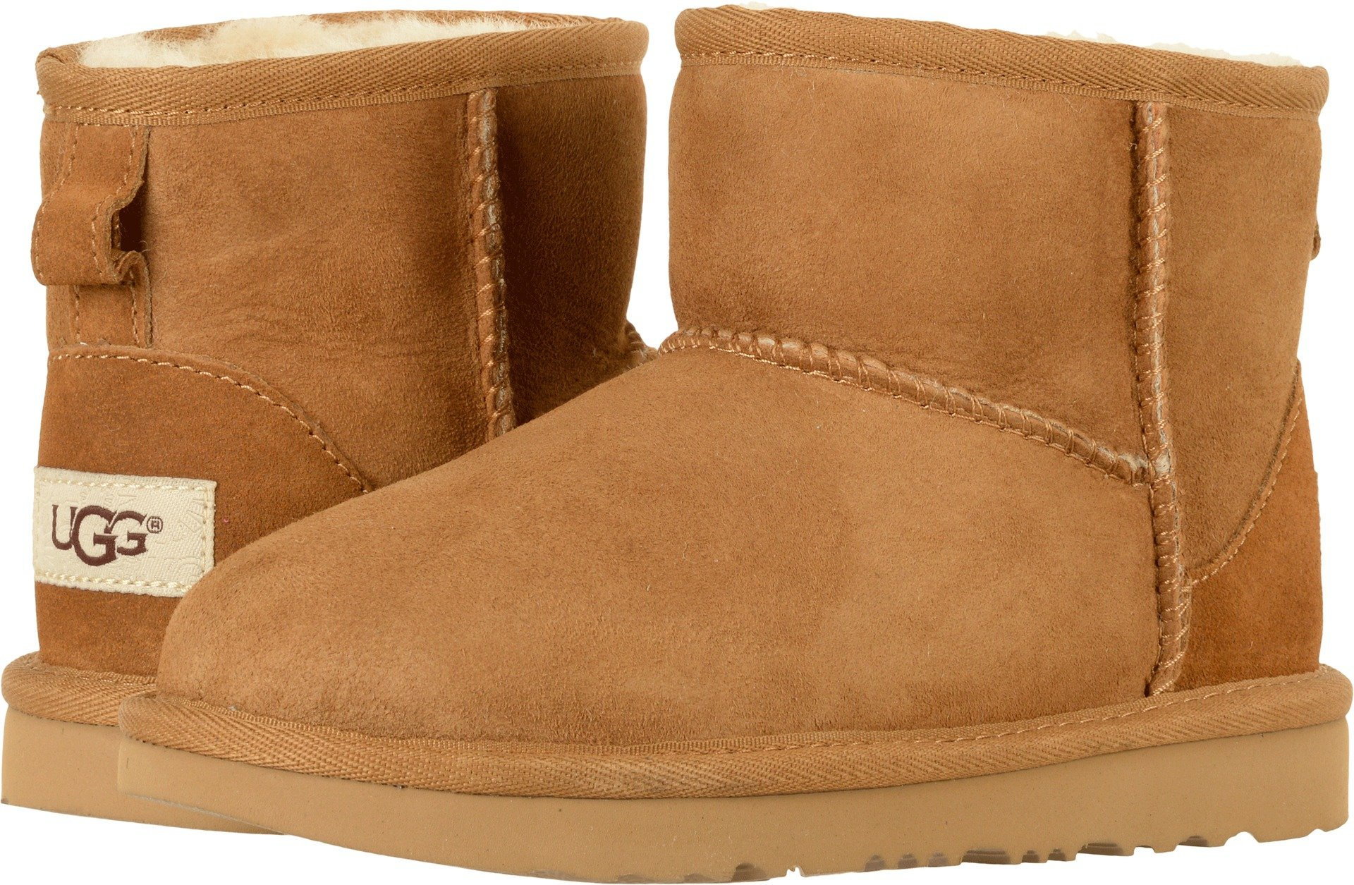 UGG Kids K Classic Mini II Pull-On Boot, Chestnut, 6 M US Big Kid by UGG