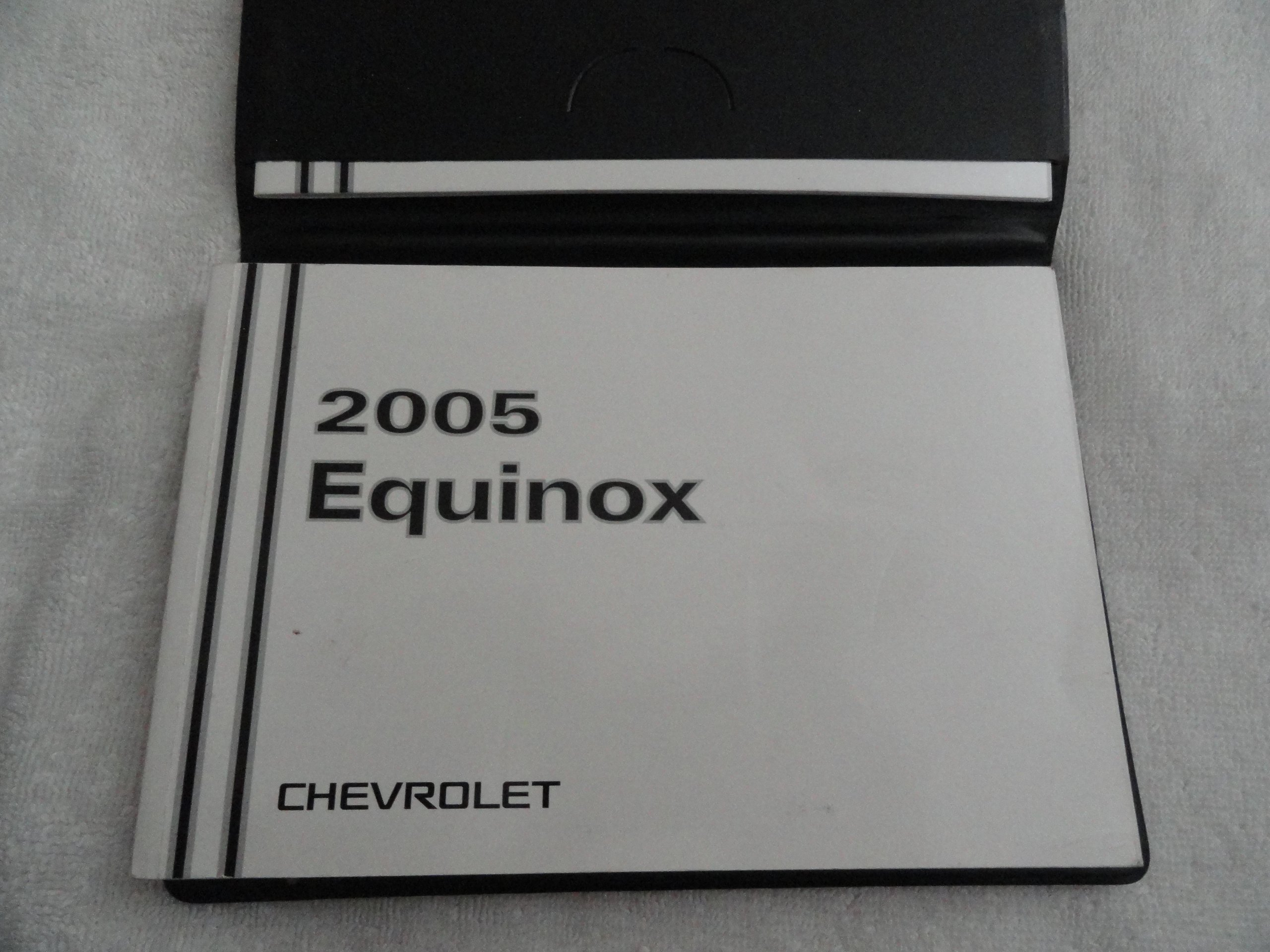 2005 chevy chevrolet equinox owners manual chevrolet amazon com books rh amazon com 2005 chevy equinox parts manual 2005 chevy equinox service manual pdf