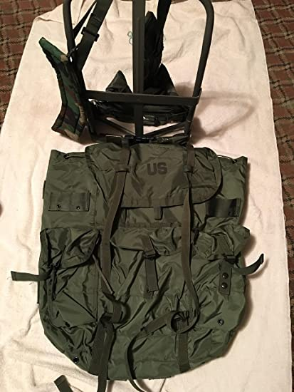 Amazon.com   USGI Military Large Olive Drab Alice Pack w  Straps ... 8b877e13c6f