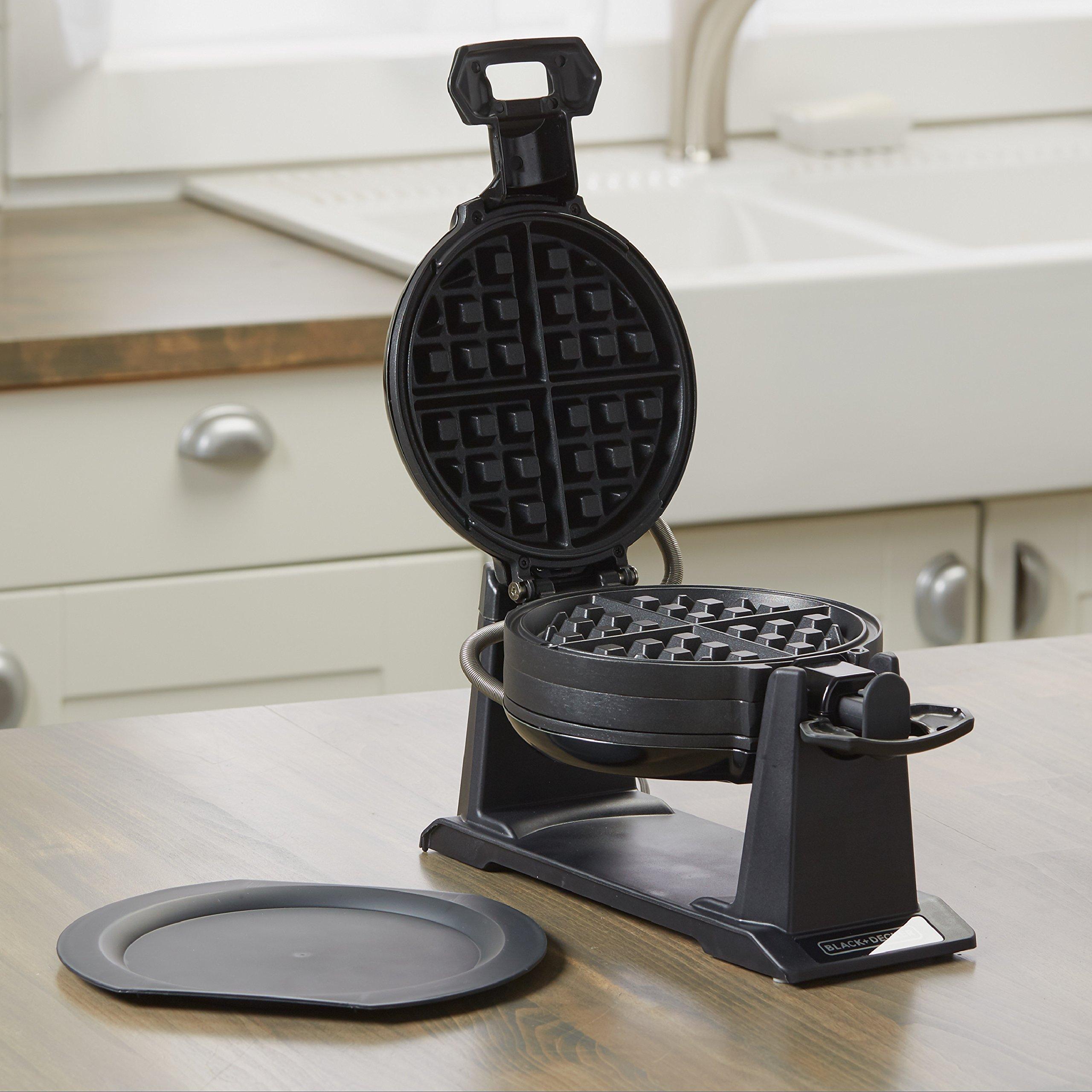 BLACK+DECKER Rotating Waffle Maker, Black, WMD200B by BLACK+DECKER (Image #4)