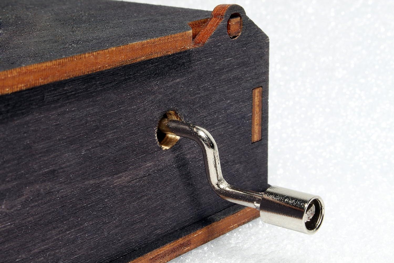 Pirates Of The Caribbean Davy Jones Locket Jack Sparrow Engraved Wooden Box Hand Crank Movement Pirate Skull Music Box