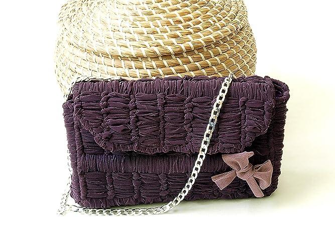 Bolso monedero de tela fettuccia reciclada y asa corta hecho ...