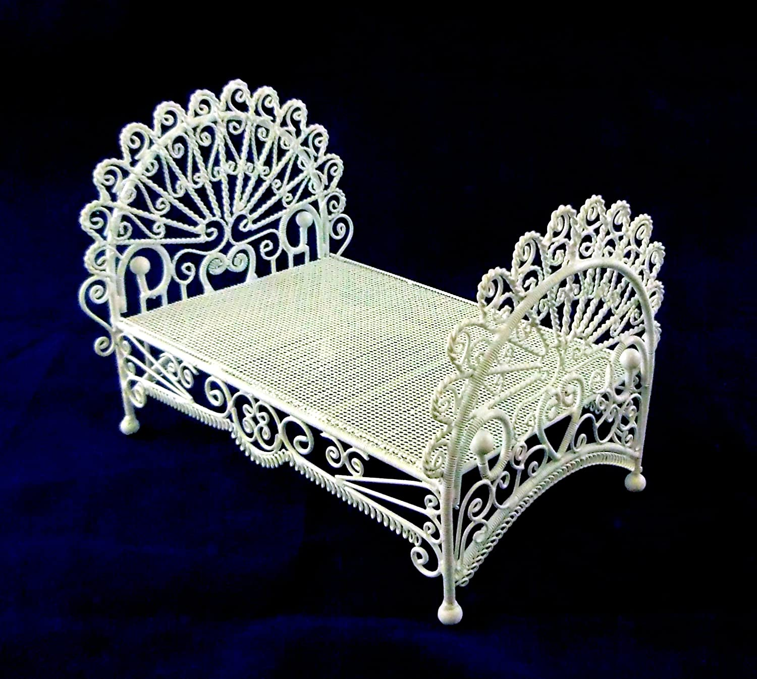 Amazon.com: Vanity Fair Dolls House Miniature 1:12 Bedroom Furniture White  Wire Wrought Iron Peacock Bed: Toys U0026 Games