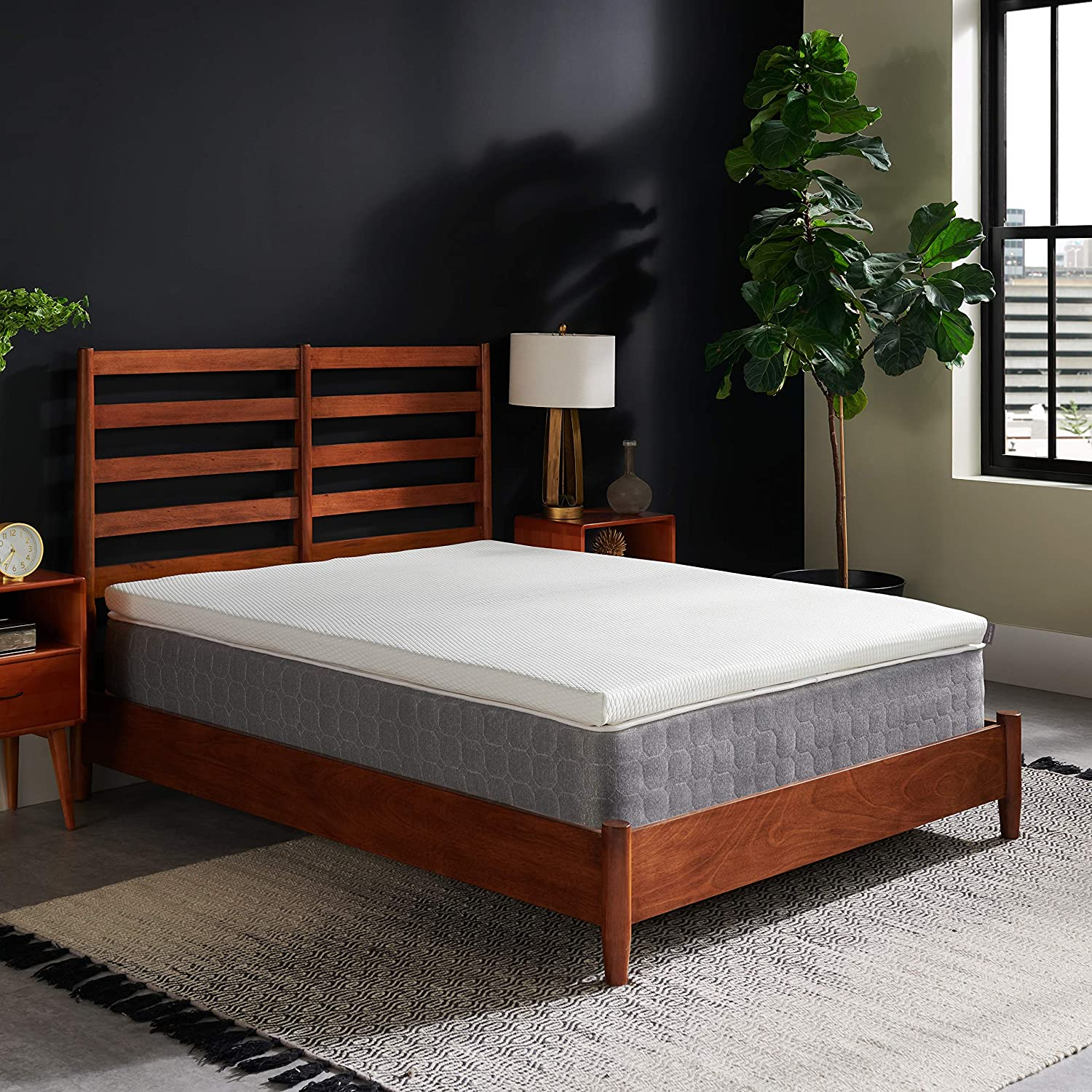 How To Keep Your Bed Cool in Summers - Without Air Conditioning