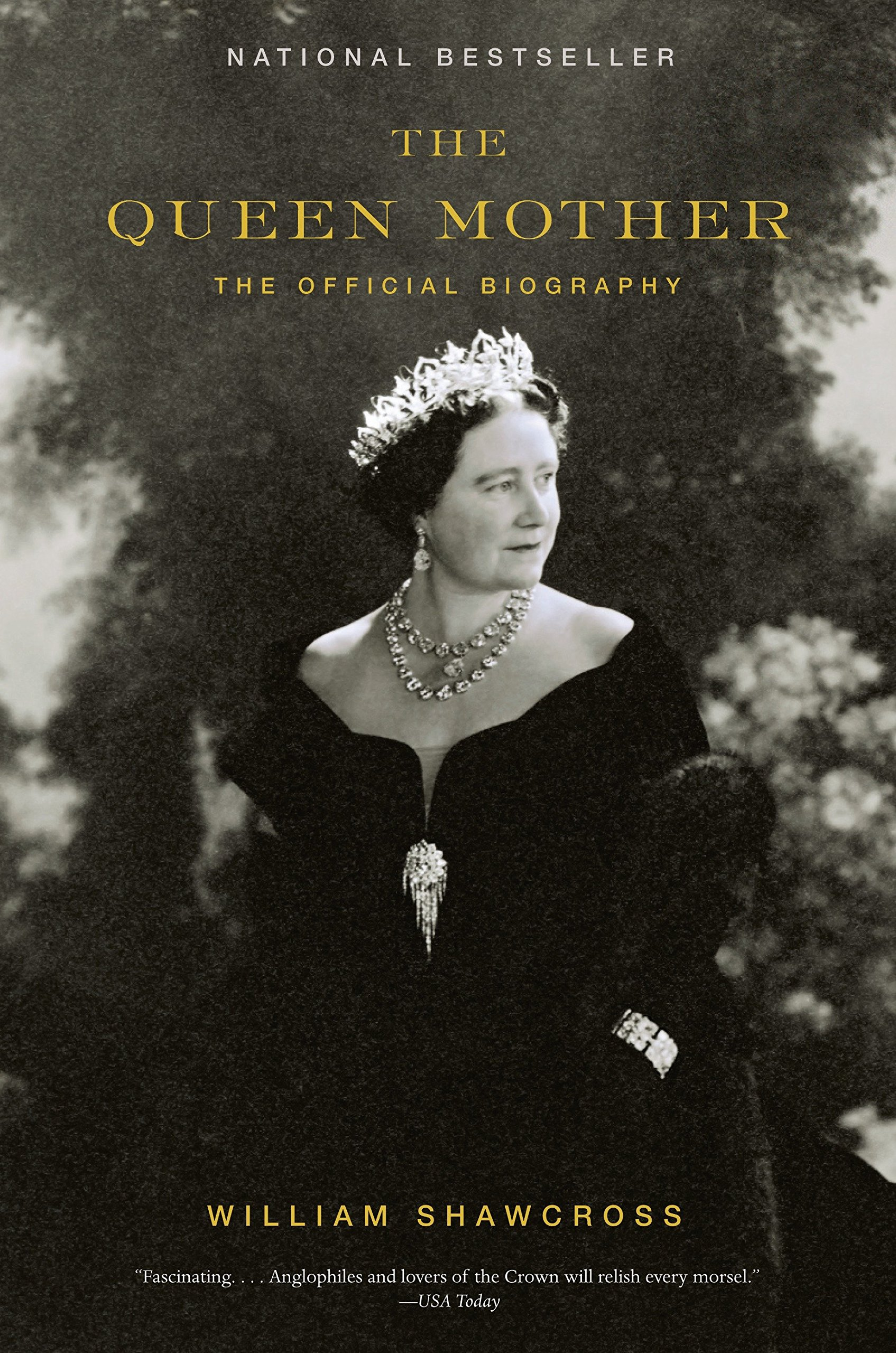 The Queen Mother: The Official Biography: Shawcross, William: 9781400078349: Amazon.com: Books