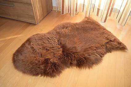 Pecora agnello pelliccia a pelo lungo natura fell tappeto