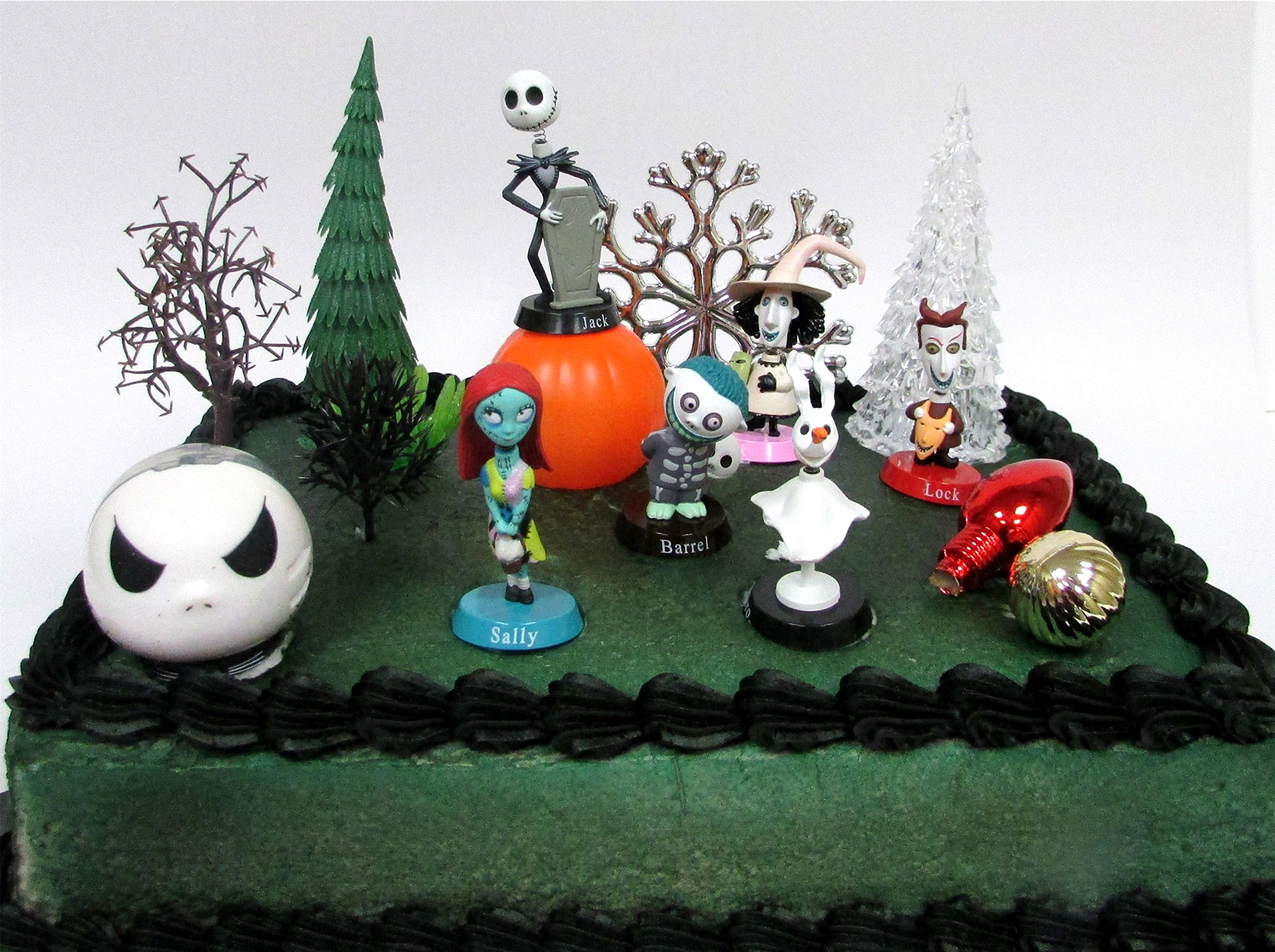Nightmare Before Christmas 17 Piece Birthday Cake Topper Set Fe