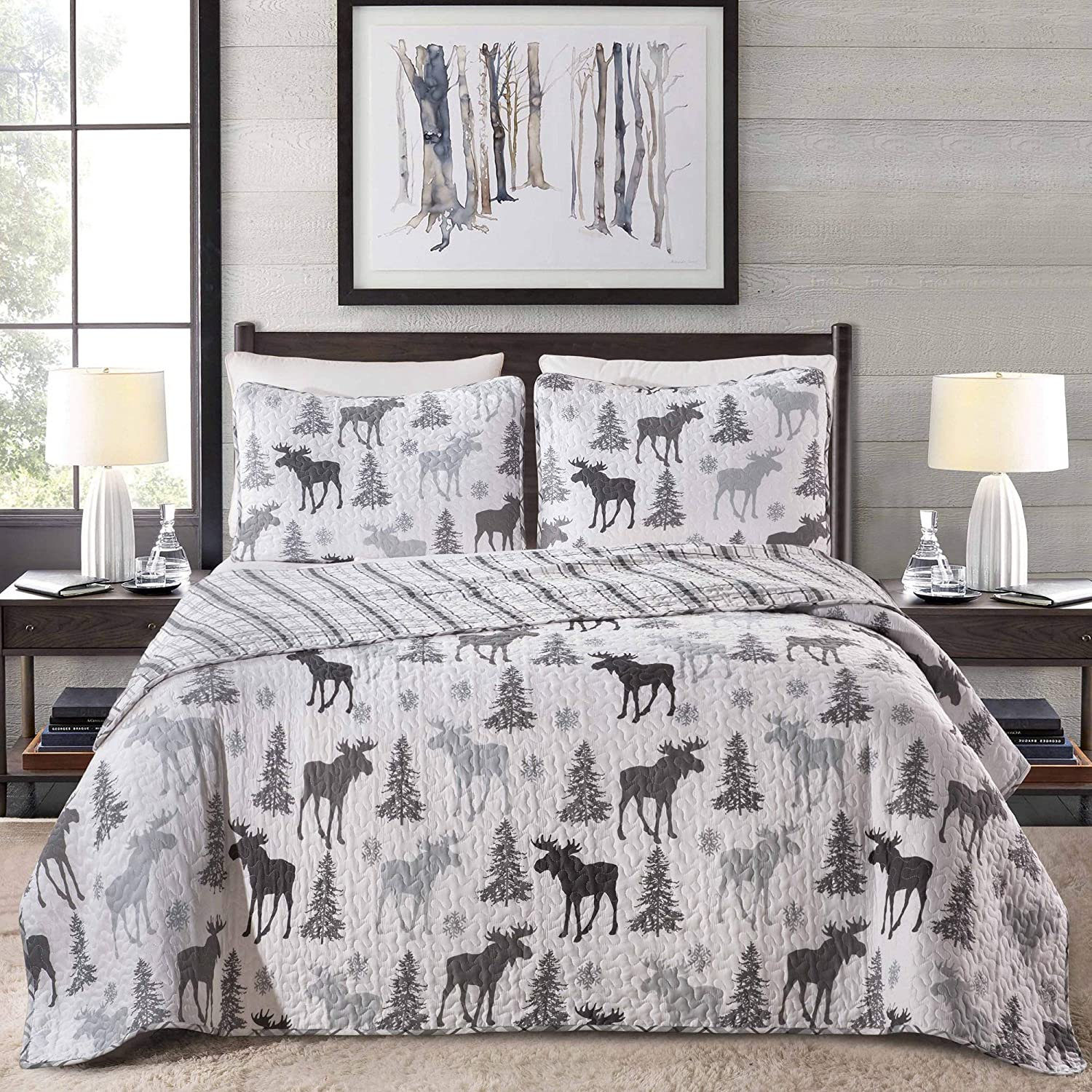 Lodge Bedspread Full/Queen Size Quilt with 2 Shams. Cabin 3-Piece Reversible All Season Quilt Set. Rustic Quilt Coverlet Bed Set. Wilderness Collection (Moose - Grey)