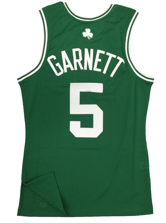541b61b6ab03 Mitchell   Ness Boston Celtics Kevin Garnett Swingman Jersey ...