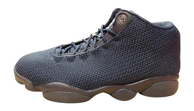best service 1d345 d18d0 Amazon.com   Nike Men s Jordan Horizon Ankle-High Fabric Basketball Shoe    Basketball