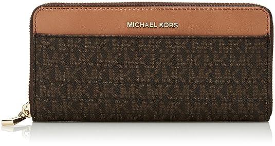 The 8 best designer wallets under 200