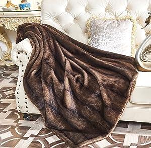 "Lindsey Home Fashion Faux Fur Throw, Fur Blankets Super Soft Japanese Kanekalon Fiber, Sheepskin, Mink, Wolf, Bear, 60""x80"", 60""x70"", 50""x60"" 14 Colors (60x70(INCH), Cougar Faux Fur)"