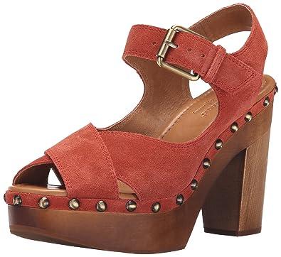 88456ed5b1 Corso Como Women's NOLA Platform Dress Sandal, Brick Split Suede, ...