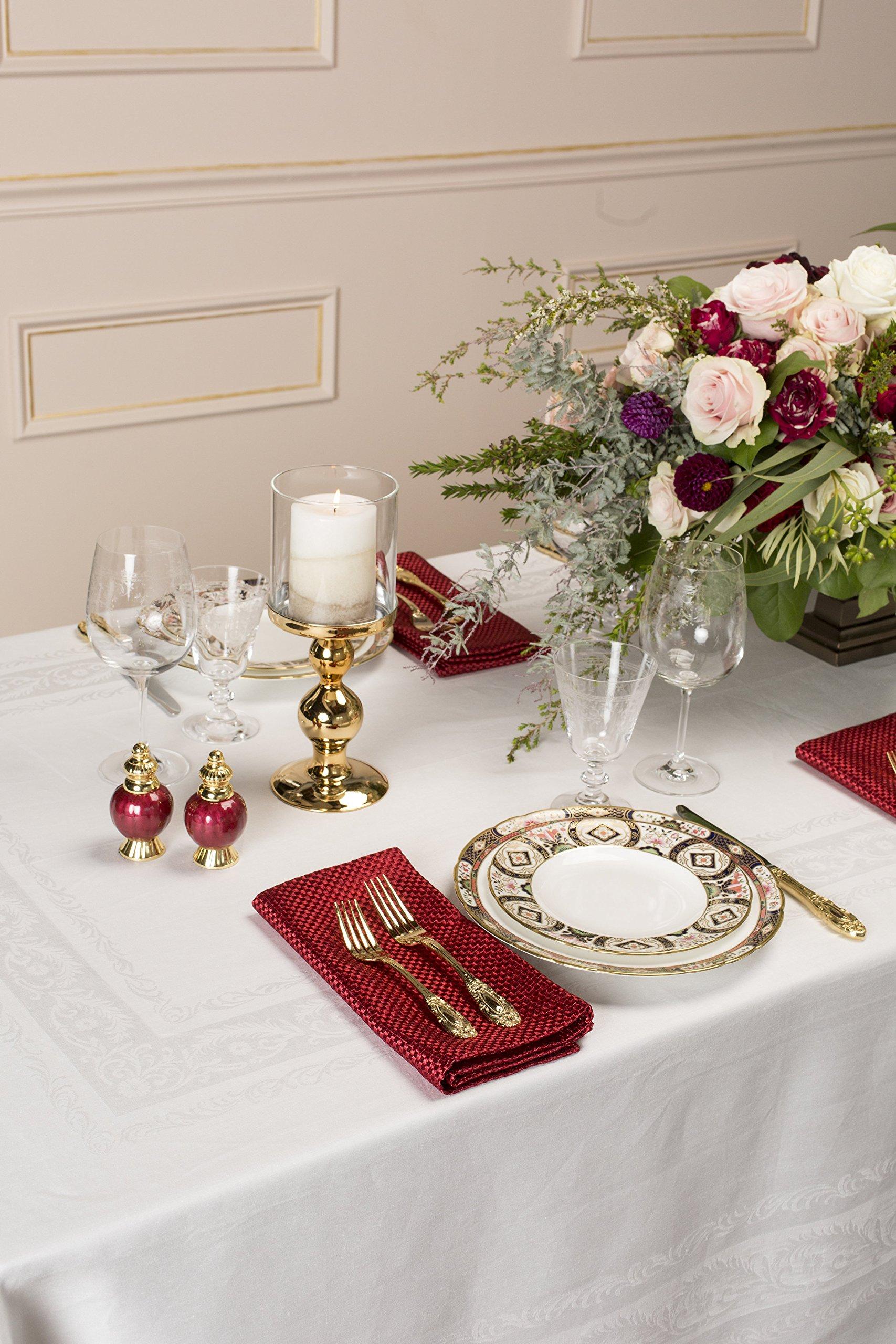 Thomas Ferguson Fine Scroll White Linen Double Damask Rectangular Tablecloth 72in x 126in (83cm x 320cm)