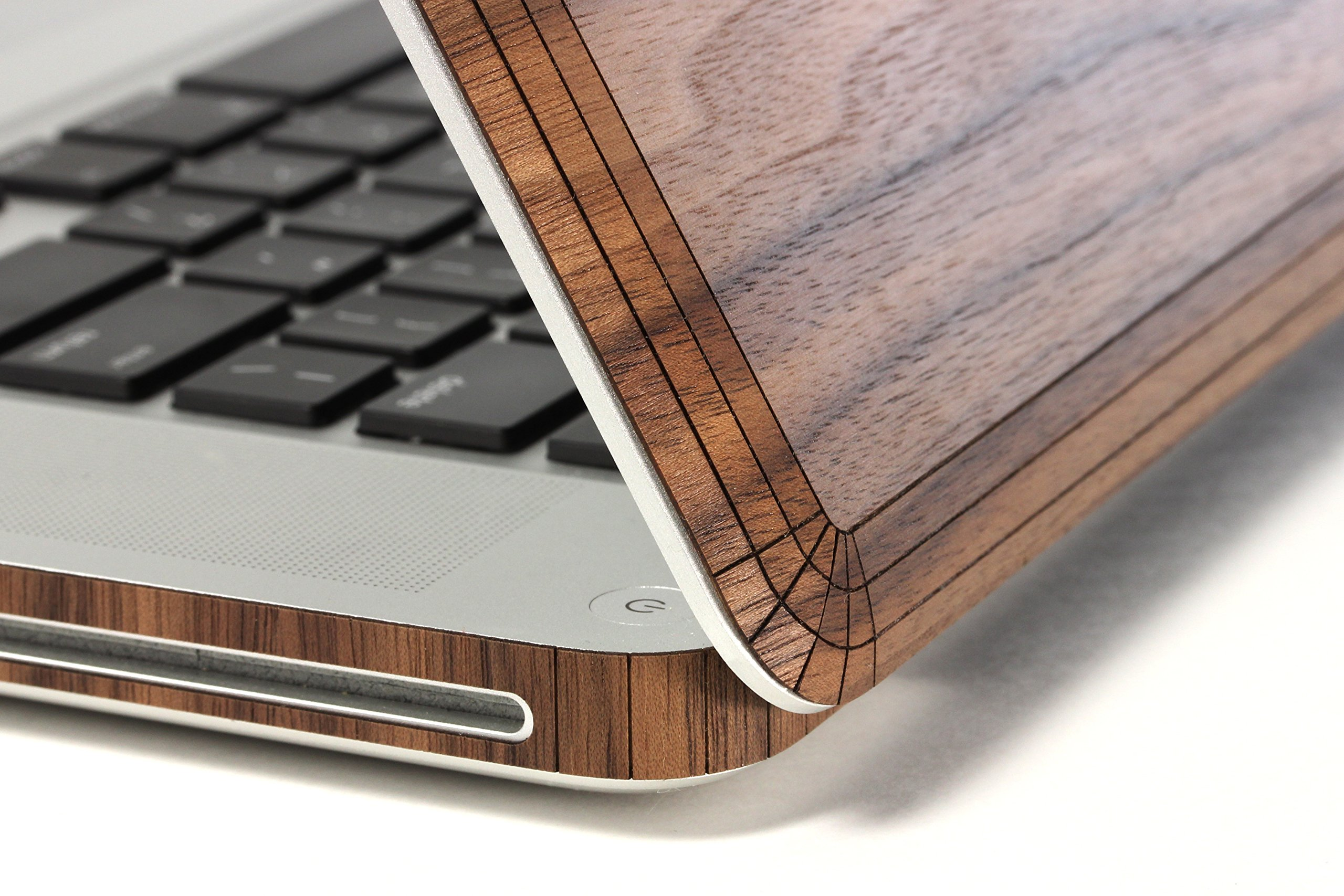 TOAST Real Wood Walnut Cover for MacBook Pro 15-Inch Non-Retina Version (MBPR-15N-PLA-01-COM) by Toast (Image #3)