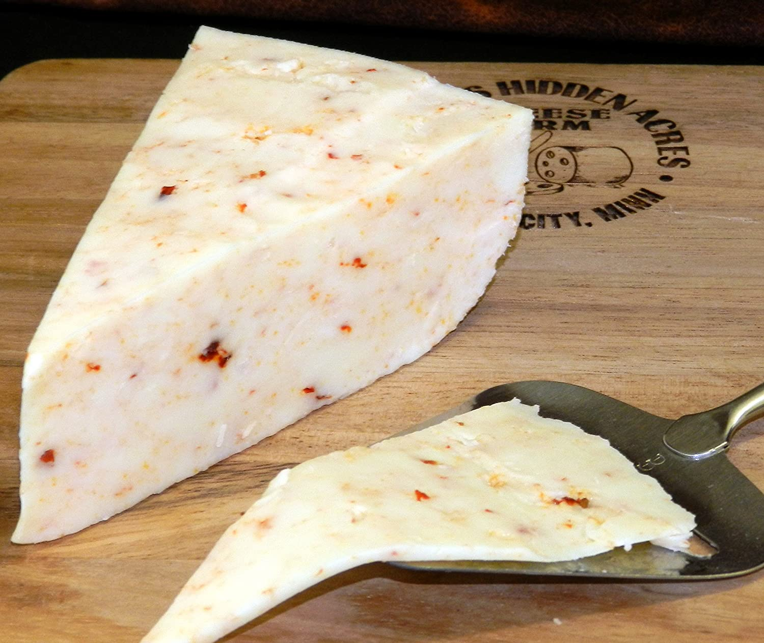Chipotle Pepper Gouda Cheese /(2-8 oz Wedges/) Eichtens Cheese ...